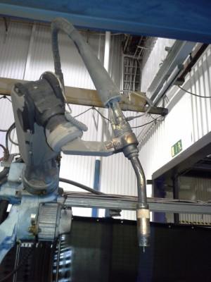 Cela z robotami spawającymi MOTOMAN YR-UP6-A00_5
